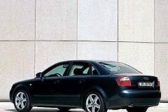 Audi A4 sedana foto attēls 1