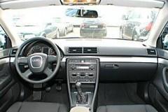 Audi A4 sedana foto attēls 17