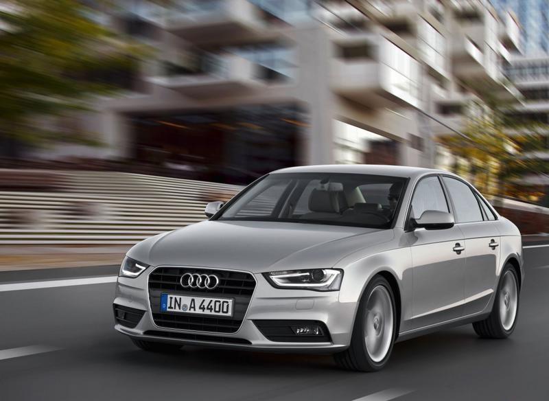 Audi A4 2011 photo image