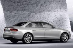 Audi A4 sedan photo image 10