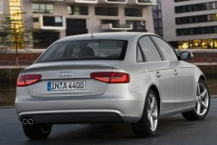 Audi A4 sedan photo image 18