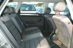 Audi A6 Avant universāla foto attēls 13