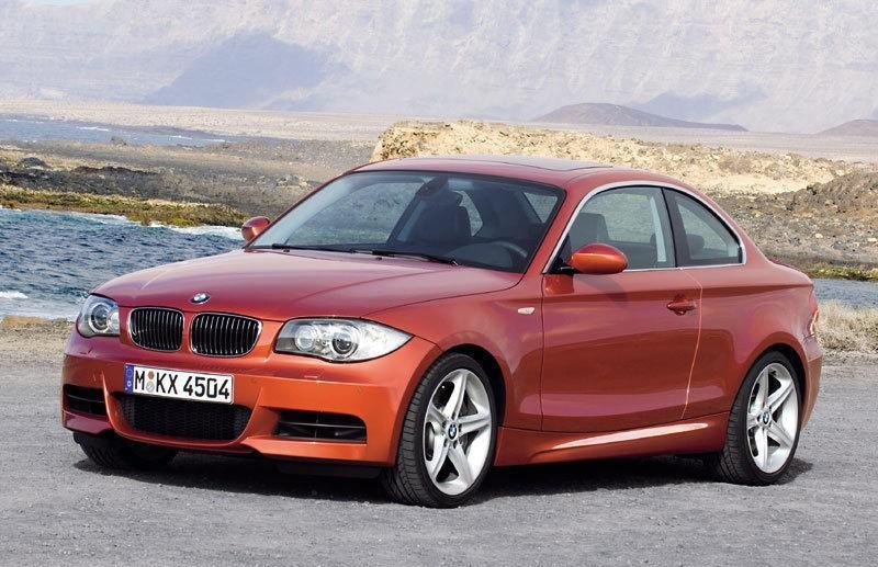 BMW 1 sērija 2007 foto attēls