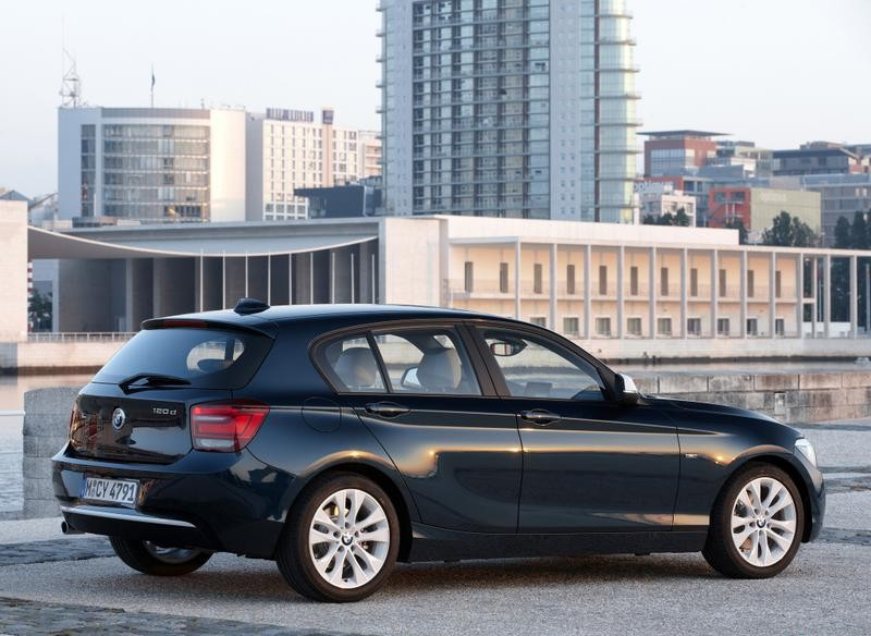 Bmw 1 Series F20 Hatchback 2011 2015 Reviews Technical Data Prices
