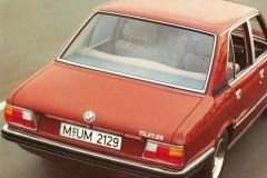 BMW 5 sērijas E12 sedana foto attēls 6