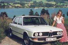 BMW 5 sērijas E12 sedana foto attēls 5