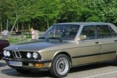 BMW 5 sērijas E28 sedana foto attēls 6