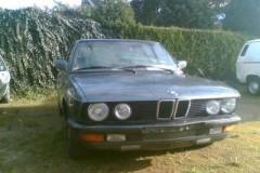 BMW 5 sērijas E28 sedana foto attēls 2