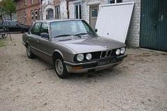 BMW 5 sērijas E28 sedana foto attēls 3