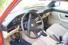 BMW 5 sērijas E28 sedana foto attēls 5