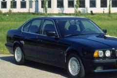 BMW 5 sērijas E34 sedana foto attēls 7