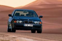 BMW 5 sērijas E39 sedana foto attēls 5