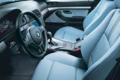 BMW 5 sērijas E39 sedana foto attēls 4