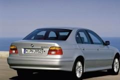 BMW 5 sērijas E39 sedana foto attēls 2