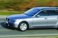 BMW 5 series Touring E61 estate car photo image 7