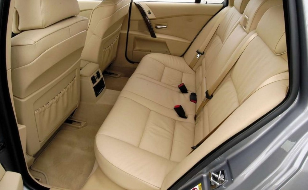 BMW 5 series Touring E61 Estate car / wagon 2004 - 2007 reviews ...