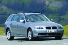 BMW 5 series Touring E61 estate car photo image 1