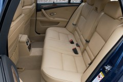 BMW 5 sērijas Touring E61 universāla foto attēls 3