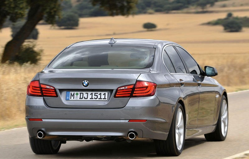 BMW 5 Series F10 Sedan Photo Image 4