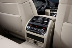 BMW 5 serie Touring F11 familiar foto 3