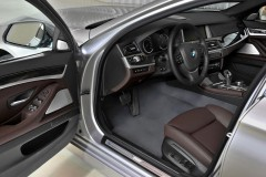 BMW 5 sērijas Touring F11 universāla foto attēls 15