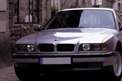 BMW 7 sērijas E38 sedana foto attēls 3