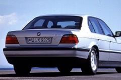 BMW 7 sērijas E38 sedana foto attēls 4