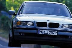 BMW 7 sērijas E38 sedana foto attēls 8