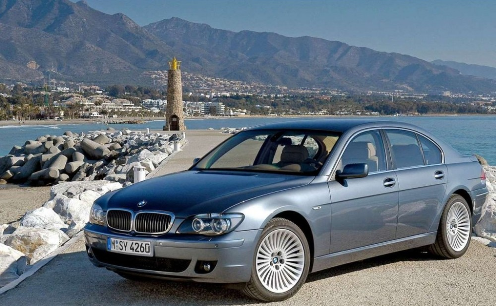bmw 7 series e65 e66 sedan 2005 2008 reviews technical data prices. Black Bedroom Furniture Sets. Home Design Ideas