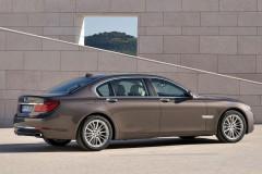 BMW 7 sērijas F01/02 sedana foto attēls 19