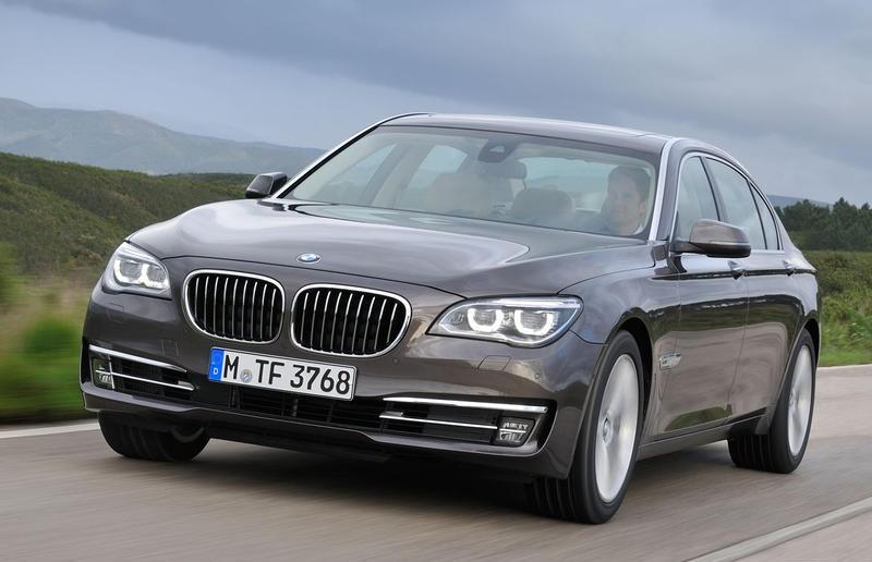 BMW 7 sērija 2012 foto attēls