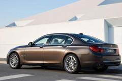 BMW 7 sērijas F01/02 sedana foto attēls 16