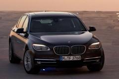 BMW 7 sērijas F01/02 sedana foto attēls 13