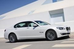 BMW 7 sērijas F01/02 sedana foto attēls 14