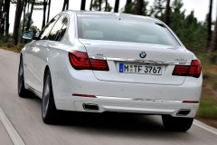 BMW 7 sērijas F01/02 sedana foto attēls 3