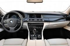 BMW 7 sērijas F01/02 sedana foto attēls 5