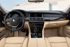 BMW 7 sērijas F01/02 sedana foto attēls 10