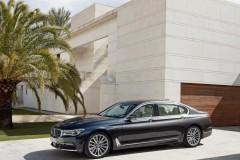 BMW 7 sērijas G11/G12 sedana foto attēls 16
