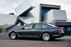 BMW 7 sērijas G11/G12 sedana foto attēls 9