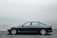 BMW 7 sērijas G11/G12 sedana foto attēls 21