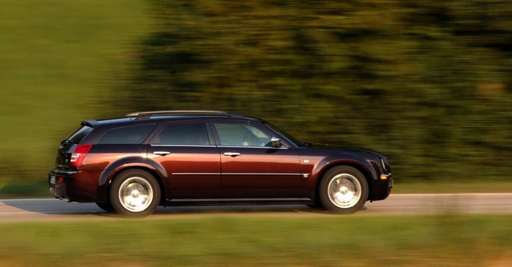 Chrysler 300c Touring Estate Car Wagon 2004 2011