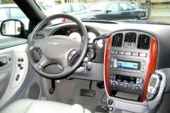 Chrysler Grand Voyager minivena foto attēls 9
