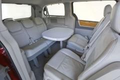 Chrysler Grand Voyager minivena foto attēls 10
