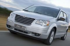 Chrysler Grand Voyager minivan photo image 7