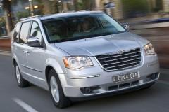 Chrysler Grand Voyager minivan photo image 6
