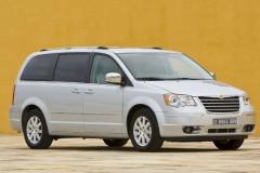 Chrysler Grand Voyager minivan photo image 3