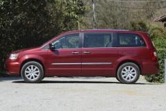 Chrysler Grand Voyager minivena foto attēls 11