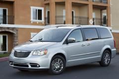 Chrysler Grand Voyager minivena foto attēls 3