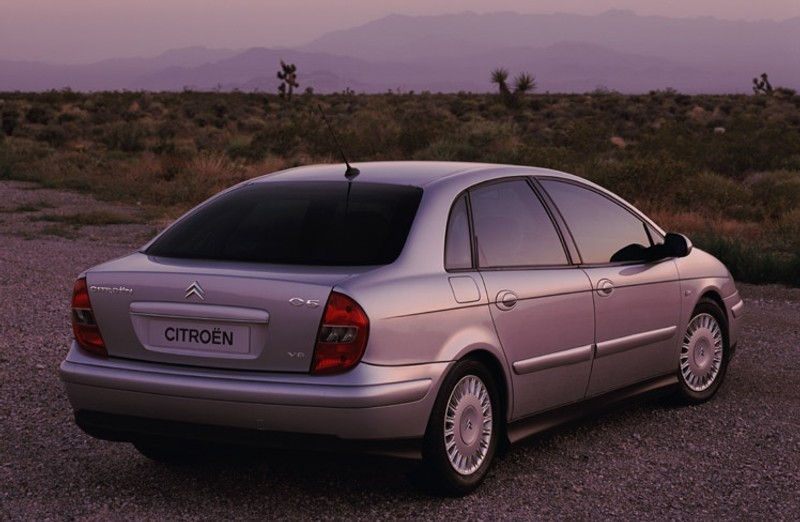 citroen c5 hatchback 2001 2004 reviews technical data prices. Black Bedroom Furniture Sets. Home Design Ideas