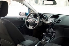 Ford Fiesta sedan foto 4